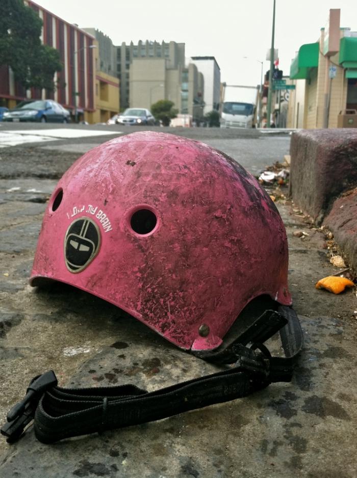 pink-bike-helmut